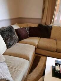 Corner sofa 2 x 4