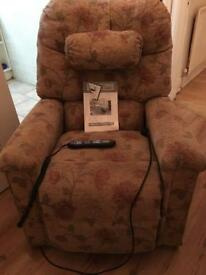 Relaxing recliner chair