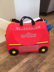 Red Trunki