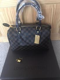Louis Vuitton Brown Chequered Speedy 30 medium bag with a key and padlock for sale
