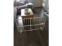 Extendable Puppy Gate- very good condition!