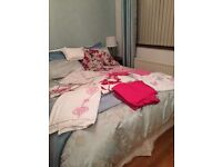 Bed linen double bed assorted items