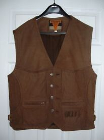 FASHION WAISTCOAT IN SUEDE LEATHER