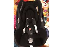 Maxi-Cosi Cabriofix car seat and EasyFix seat base, Isofix and belt.