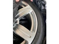 Set of winter tyres and wheels - 245/45 R18