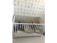 Selling ikea white hensvick cot and unit
