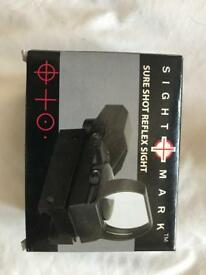Reflex scope with extras