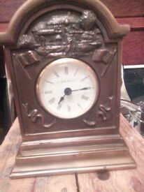 MANTLE CLOCK, GOLF THEMED, (QUITE HEAVY).