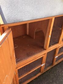 Rabbit hutch only used for a very short time in good condition