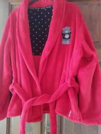 Stunning red me to you short dressing gown size 18-20