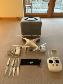 DJI Phantom 4 - 4K Drone (28min fly time - 5km range)