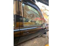 FREELANDER 1 DRIVERS FRONT DOOR BREAKING SPARES PARTS CHELMSFORD ESSEX LONDON RETTENDON for sale