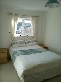 Double room to rent in a share house in Portishead near Marina