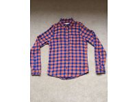 Hollister Mens shirt in Medium