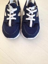 Nike hurach size 8 half or 26. Vgc £10