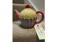 Cupcake Tea Pot Immaculate