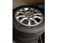 "18"" Honda CR-V Alloys with tyre fits 2007 model"