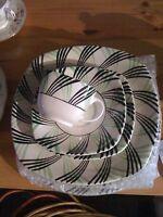set de vaisselle de style art déco