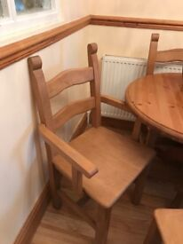 Extendable Solid pine table chairs seats 6