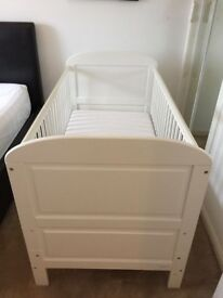 EAST COAST ANGELINA COT/BED