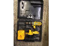 Dewalt dc925 18v drill driver - spares or repairs