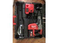 Milwaukee SDS MAX rotary hammer drill M18CHM-902C M18