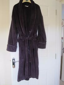 LADIES DRESSING GOWN FROM M&S
