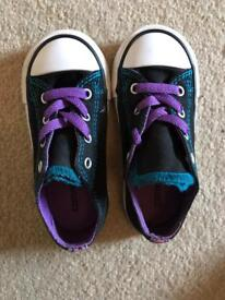Kids' Chuck Taylor All Star Double Tongue Low Top Sneaker Brand new Size 8
