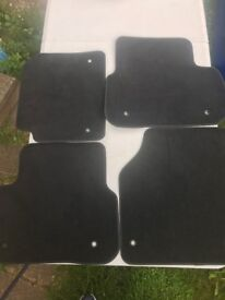 LandRover Discovery Sport - Genuine Floor Mats