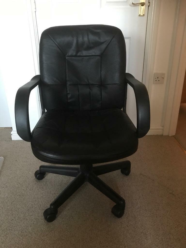 Desk Chair (Height Adjustable)