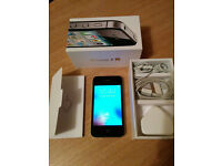 BOXED Apple iPhone 4s 32GB Black (Vodafone) smartphone