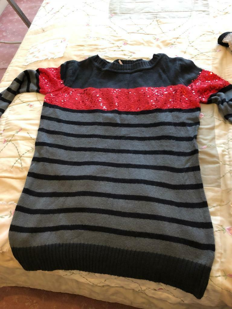 Black and red jumper