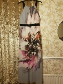 Size 22 Beautiful full length dress worn once, like new.