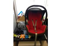 Maxi cosi car seat with extras