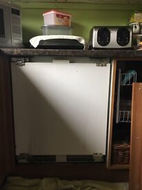 Integrated fridge and frizer good condition and working brought American style