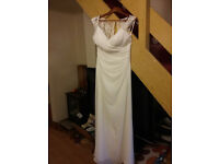 Stunning Wedding Dress!!!!!....Bargain....