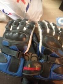 Medium motorcycle gloves