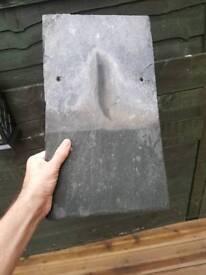 600 Welsh roofing slates 16'' x 9'' (40cm x 23cm)