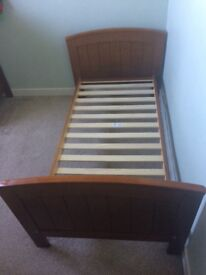 Child's Bedroom Furniture Set: Toddler Bed, Wardrobe and chest of drawers