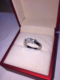 9ct white gold diamond ring, 0.30ct diamonds, six claw setting, excellent diamond quality.