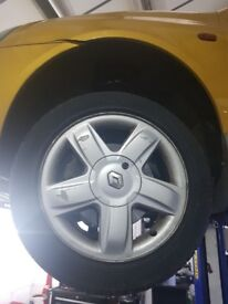"""4 Renault Clio alloys with tyres 15"""""""