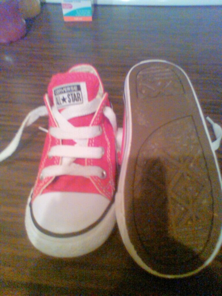 BARGAIN....3 pairs of infants converse