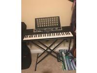 Yamaha 61-key Electric Keyboard