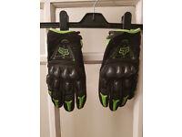 Fox Motocross Gloves (Size Medium)