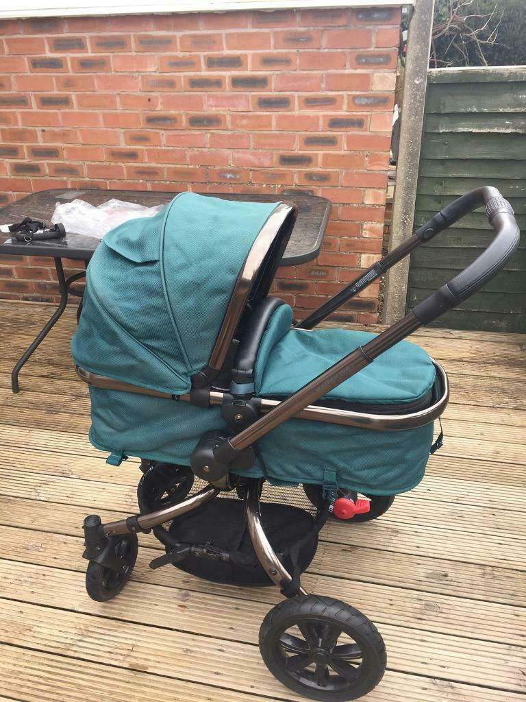 Mothercare Orb Front Wheel black pram pushchair VGC