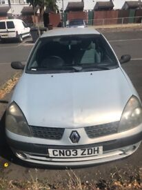 Renault Clio 2003 petrol start and go