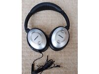 Bose QC-15 Quiet Comfort Noise Cancelling Acoustic Headphones in mint condition
