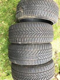 Dumlop sport winter tyres 225/40/18