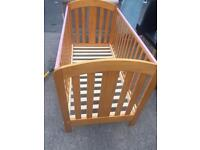 Baby cot in good condition