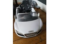 Electric toy audi car